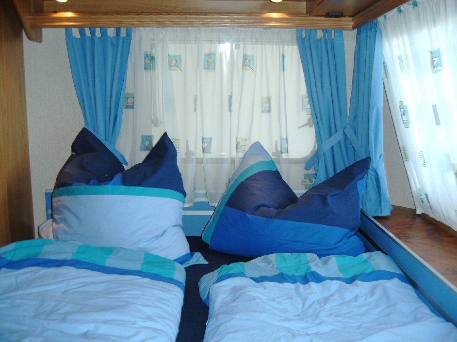gardinen f r wohnwagen gardinen 2018. Black Bedroom Furniture Sets. Home Design Ideas